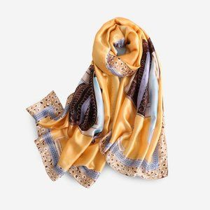 NWT Silky Scarf shawl in classic rope & saddle